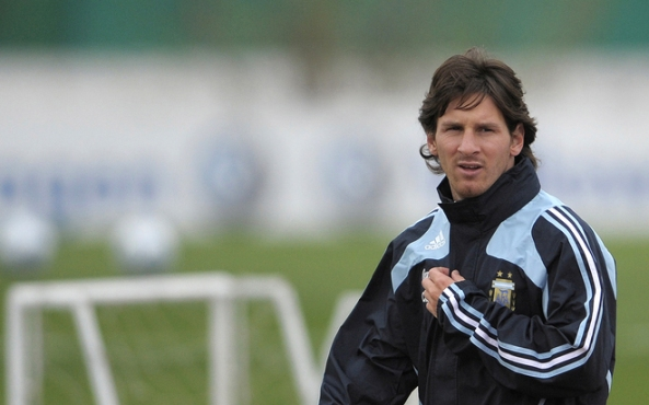 FBL-WC2010-QUALIFIERS-ARGENTINA-TRAINING
