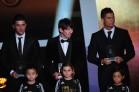 (L-R) Spain's David Villa, Argentina's
