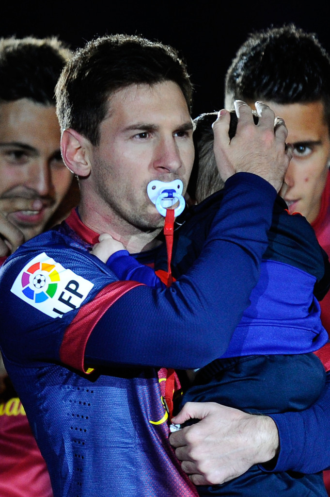 Leo Messi Celebrates with Son | Fear of Bliss